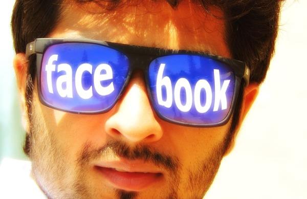 Facebook-Rubrica